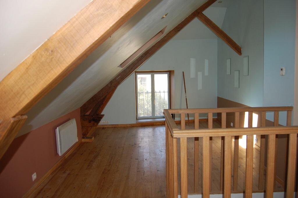 Appartement à louer 2 39m2 à Saint-Satur vignette-1