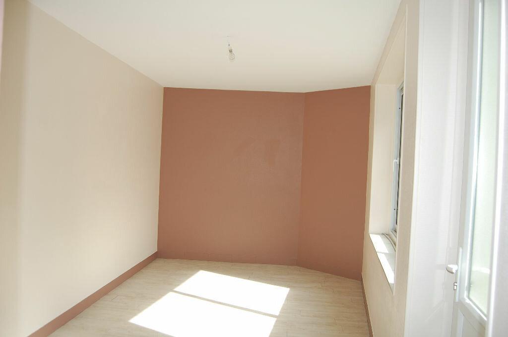 Maison à vendre 5 78m2 à Saint-Bouize vignette-5