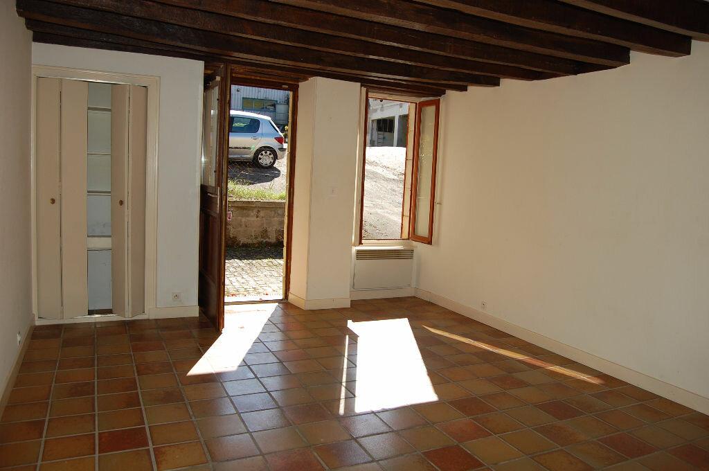 Maison à louer 3 80m2 à Sancerre vignette-2
