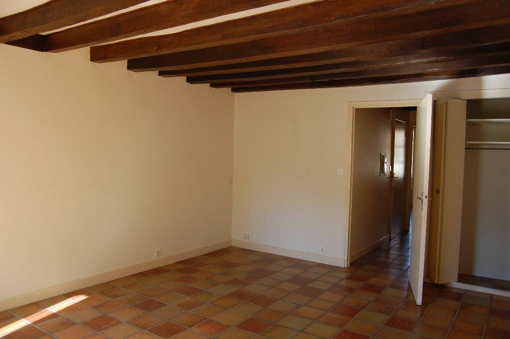 Maison à louer 3 80m2 à Sancerre vignette-3
