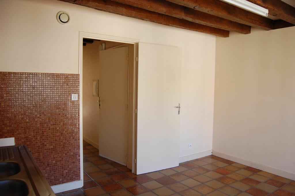 Maison à louer 3 80m2 à Sancerre vignette-6