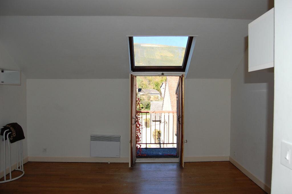 Maison à louer 3 80m2 à Sancerre vignette-12