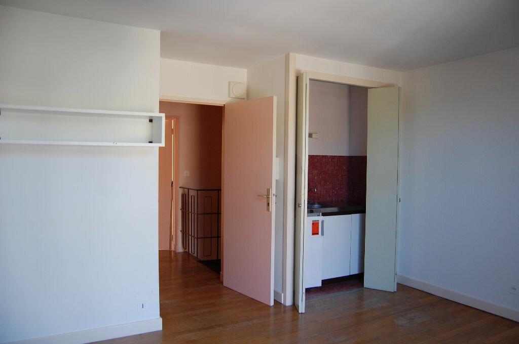 Maison à louer 3 80m2 à Sancerre vignette-13