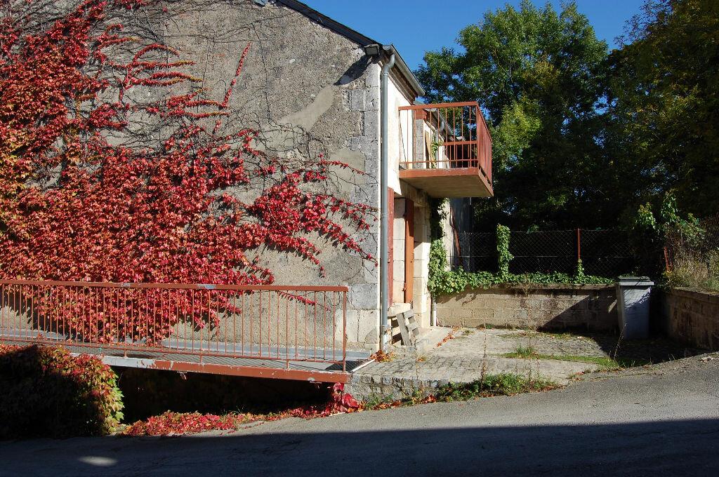 Maison à louer 3 80m2 à Sancerre vignette-18