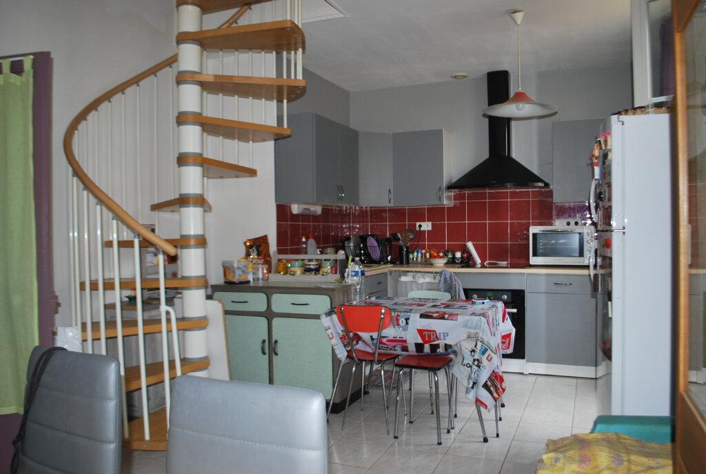 Maison à vendre 4 82m2 à Cosne-Cours-sur-Loire vignette-3