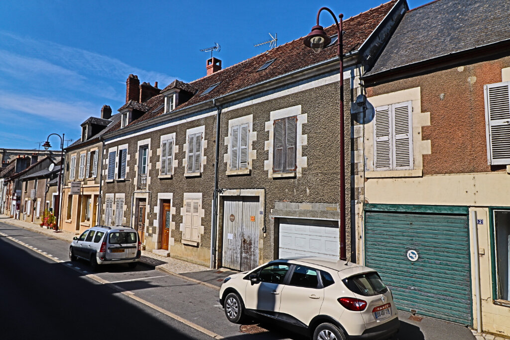 Immeuble à vendre 0 101m2 à Saint-Satur vignette-2