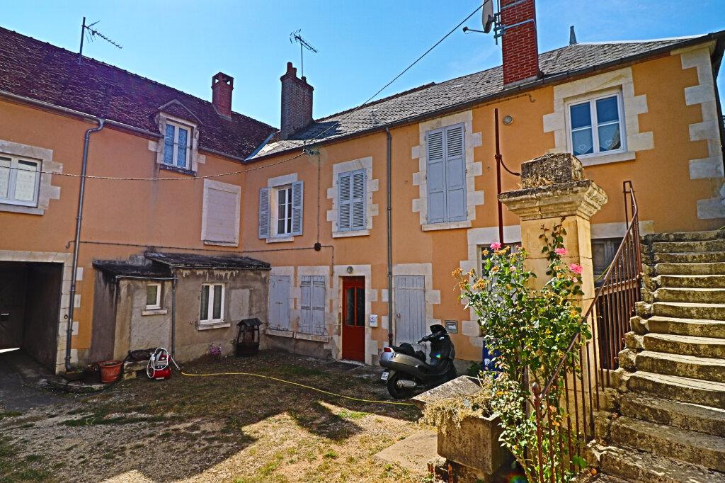 Immeuble à vendre 0 101m2 à Saint-Satur vignette-4