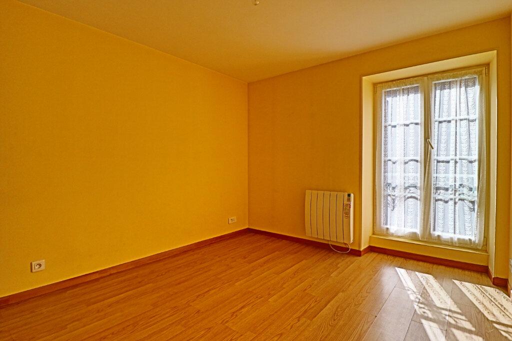 Immeuble à vendre 0 101m2 à Saint-Satur vignette-9