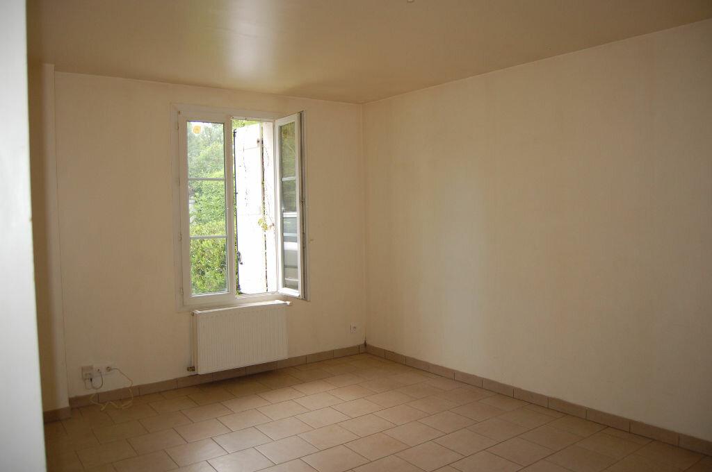 Maison à louer 5 129m2 à Vinon vignette-7