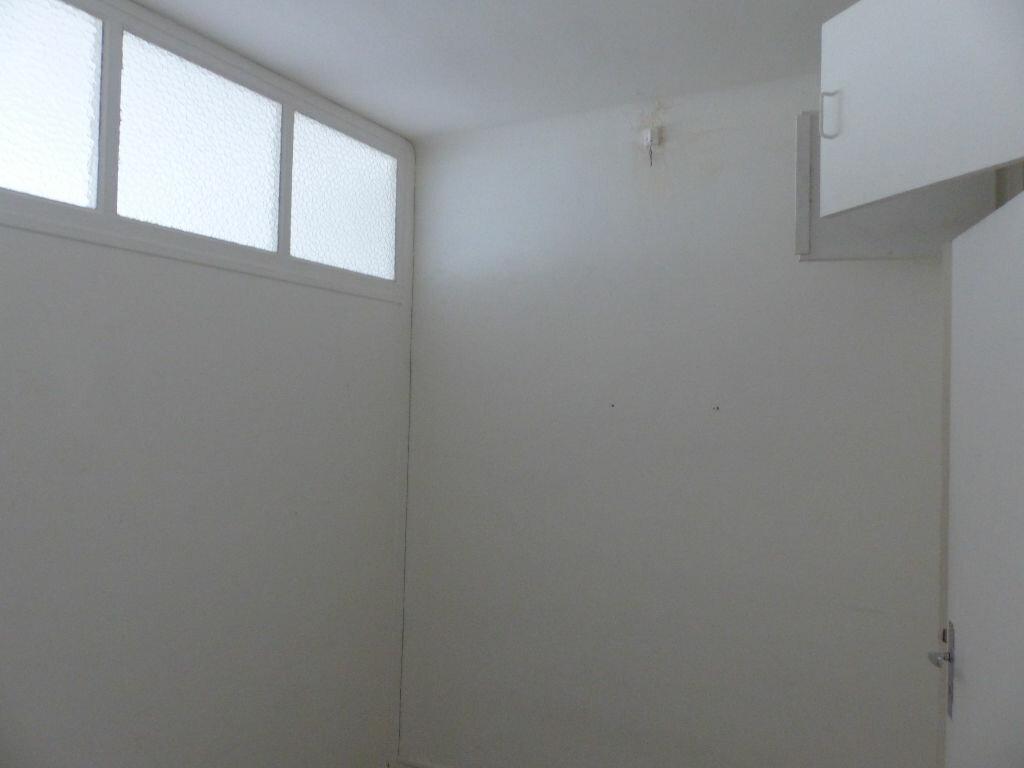 Appartement à louer 3 51m2 à Cosne-Cours-sur-Loire vignette-10