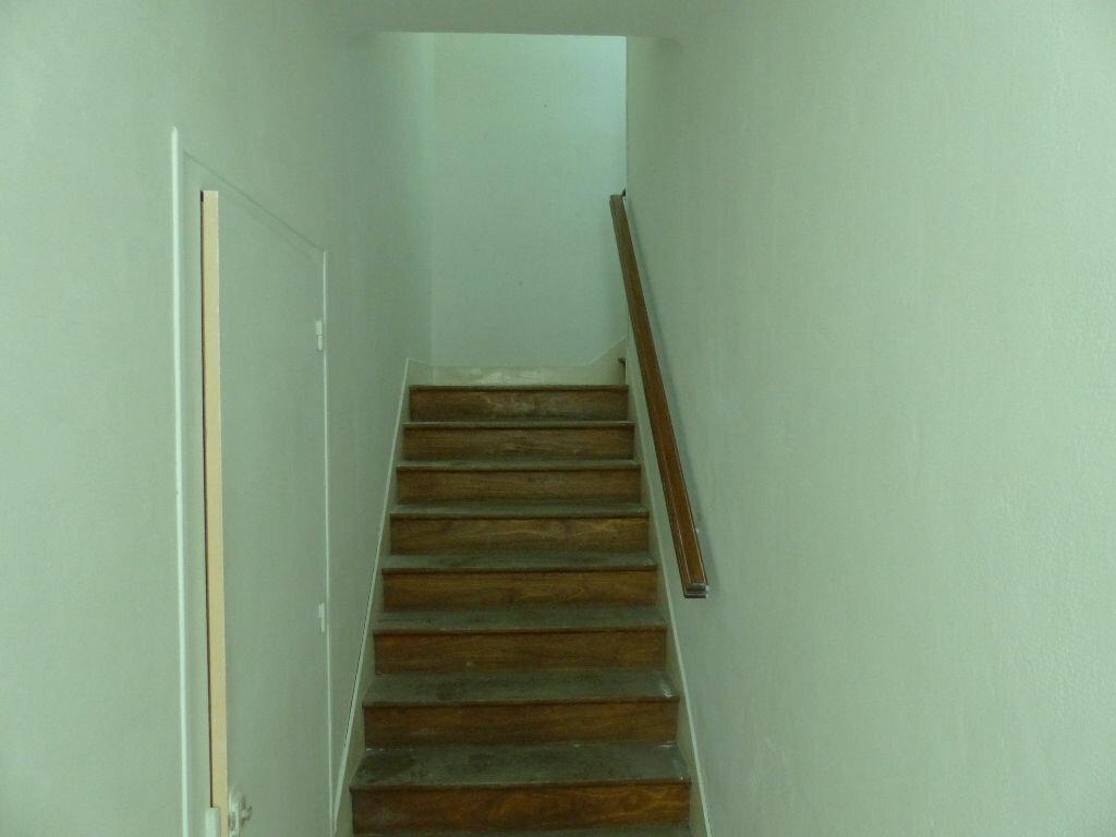 Appartement à louer 3 51m2 à Cosne-Cours-sur-Loire vignette-11