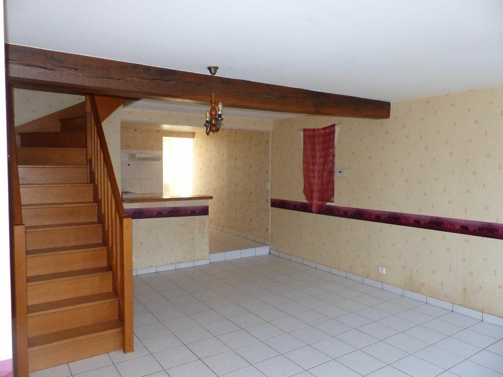 Appartement à louer 3 74m2 à Saint-Père vignette-2