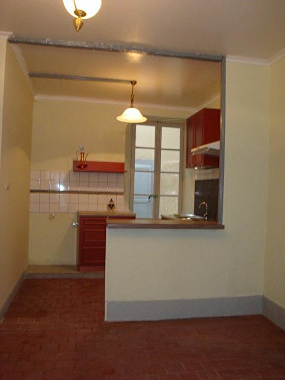 Appartement à louer 1 21m2 à La Charité-sur-Loire vignette-2