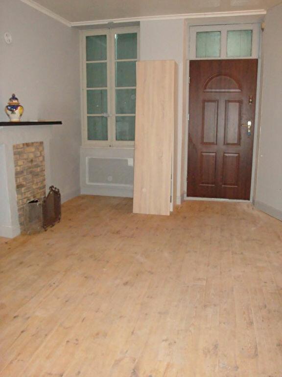 Appartement à louer 1 21m2 à La Charité-sur-Loire vignette-3
