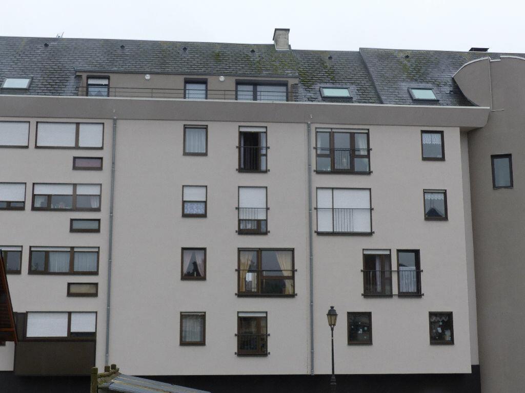 Appartement à louer 3 63.78m2 à Cosne-Cours-sur-Loire vignette-2