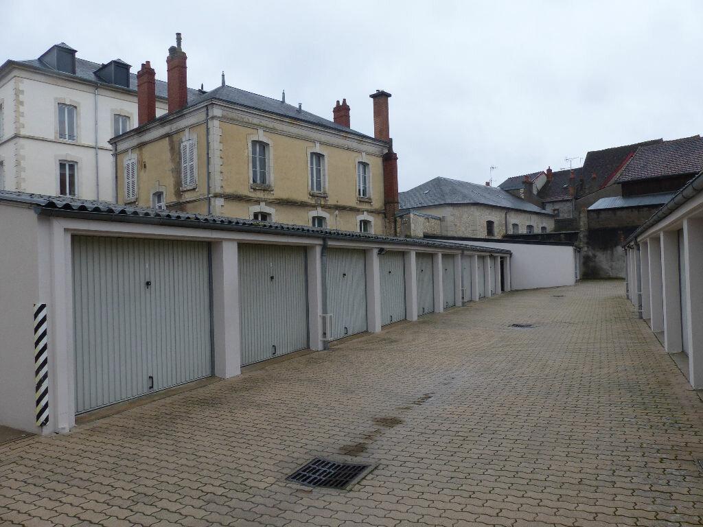 Appartement à louer 2 63.78m2 à Cosne-Cours-sur-Loire vignette-4