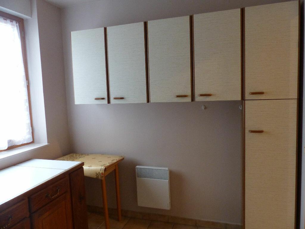 Appartement à louer 2 63.78m2 à Cosne-Cours-sur-Loire vignette-6