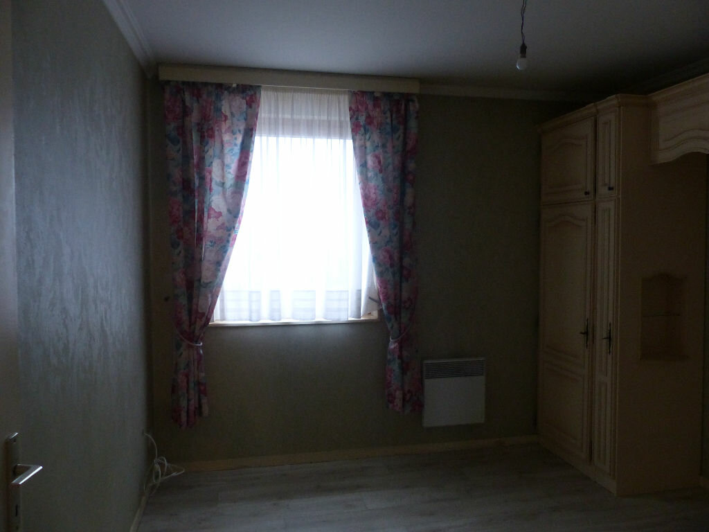 Appartement à louer 3 63.78m2 à Cosne-Cours-sur-Loire vignette-10