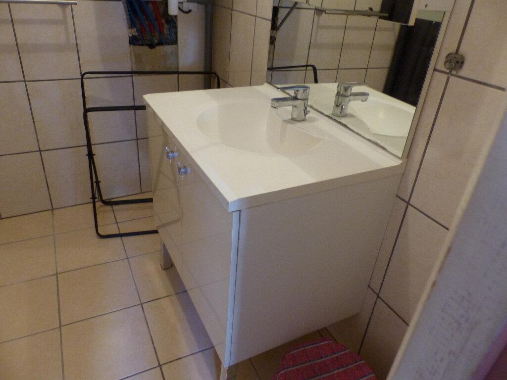 Appartement à louer 2 44m2 à Cosne-Cours-sur-Loire vignette-9