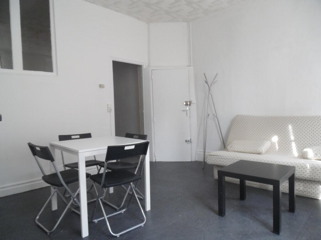 Appartement à louer 3 55m2 à La Charité-sur-Loire vignette-7