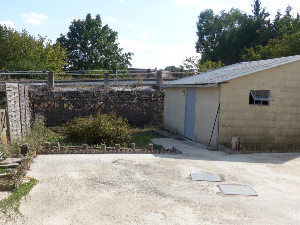 Maison à louer 4 76m2 à Cosne-Cours-sur-Loire vignette-12