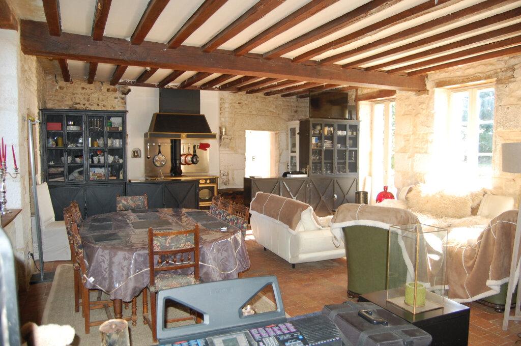 Maison à vendre 2 102m2 à Veaugues vignette-2