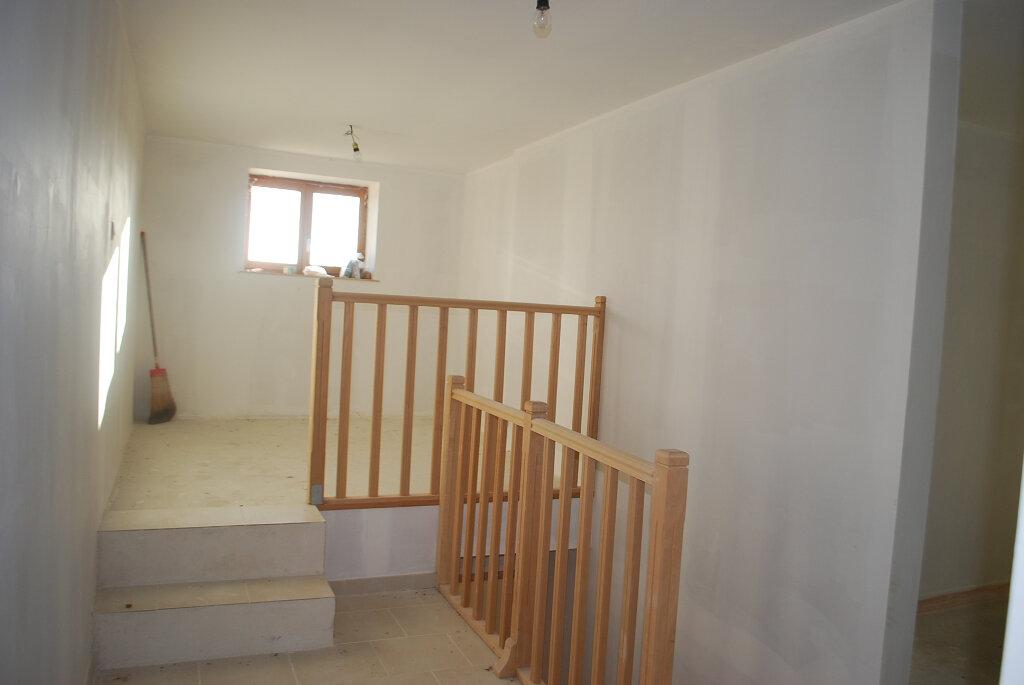 Maison à vendre 6 140m2 à Arquian vignette-6