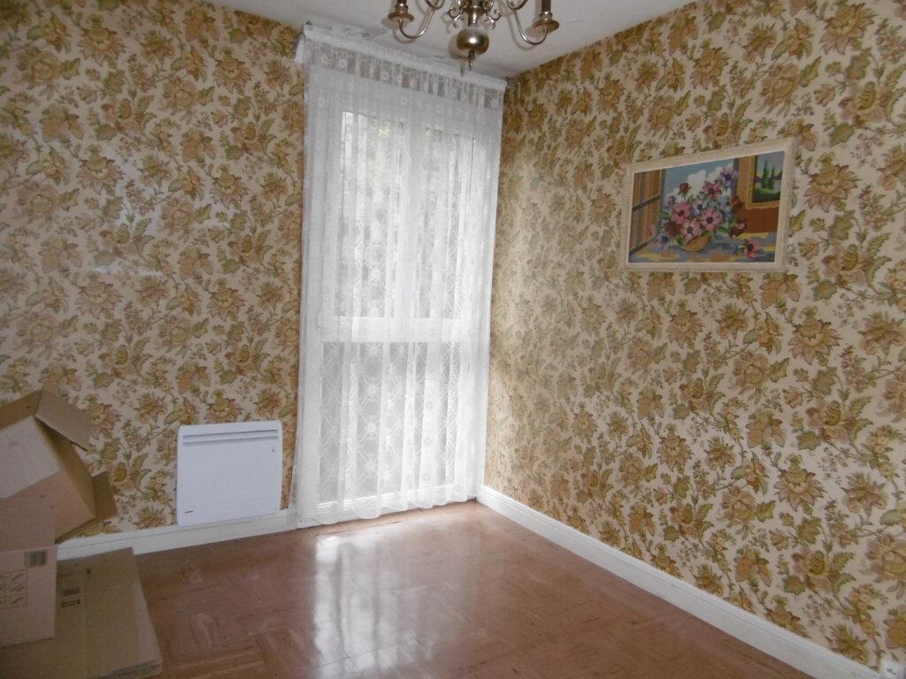 Appartement à vendre 3 59.38m2 à La Charité-sur-Loire vignette-4