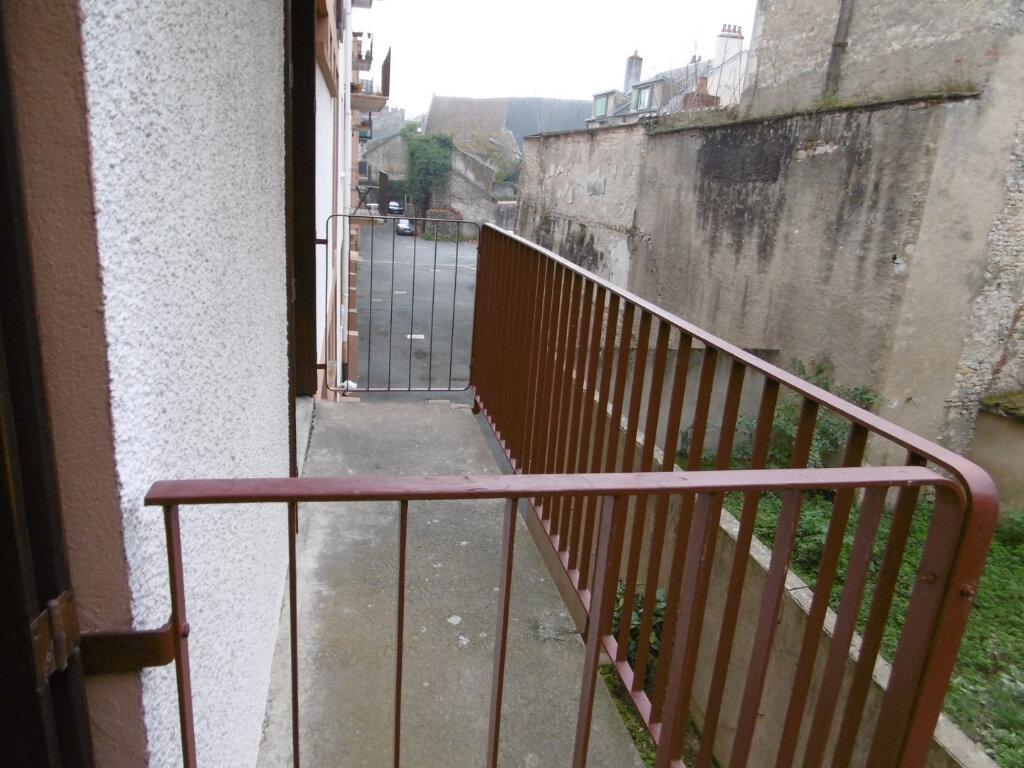 Appartement à vendre 3 59.38m2 à La Charité-sur-Loire vignette-5