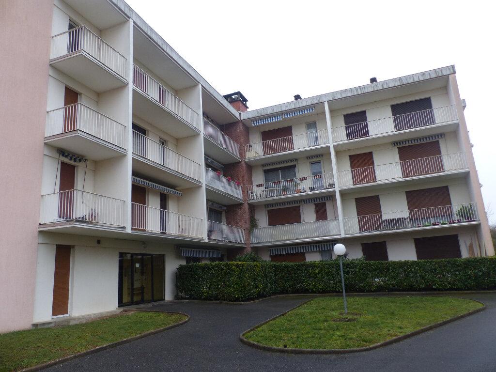 Appartement à louer 3 78m2 à Cosne-Cours-sur-Loire vignette-1