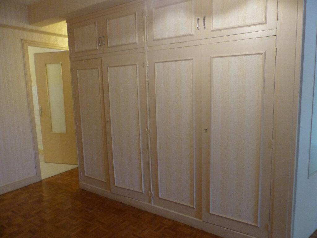 Appartement à louer 3 78m2 à Cosne-Cours-sur-Loire vignette-4