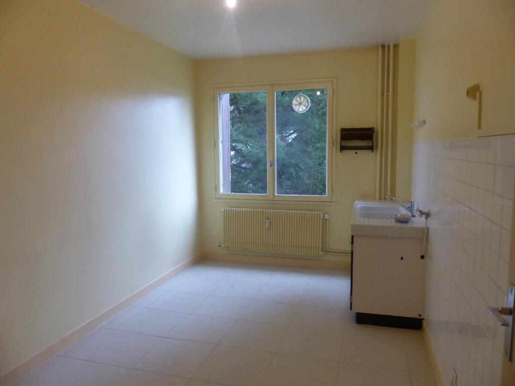 Appartement à louer 3 78m2 à Cosne-Cours-sur-Loire vignette-7