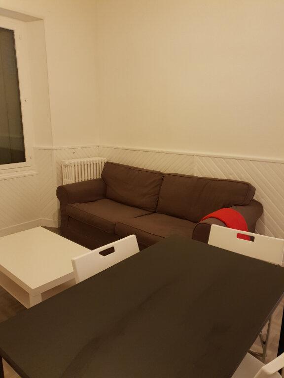 Appartement à louer 3 65m2 à La Charité-sur-Loire vignette-4