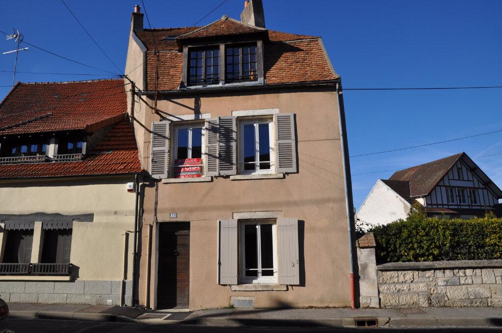 Appartement à louer 1 43m2 à Cosne-Cours-sur-Loire vignette-7