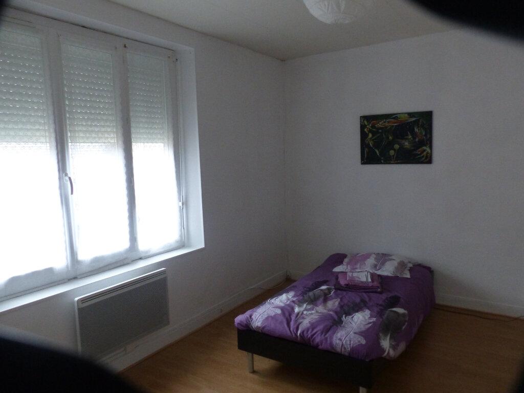 Maison à louer 4 90m2 à Neuvy-sur-Loire vignette-4