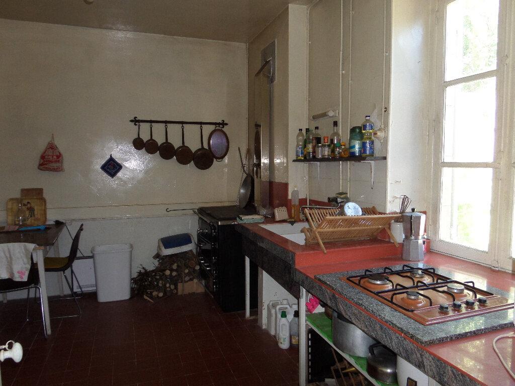 Maison à vendre 7 250m2 à Châteauneuf-Val-de-Bargis vignette-3