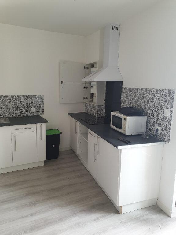 Appartement à louer 1 33m2 à La Charité-sur-Loire vignette-2