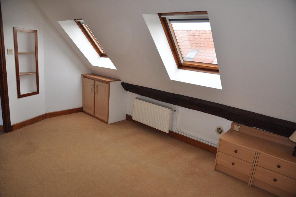 Appartement à louer 3 60m2 à Cosne-Cours-sur-Loire vignette-2