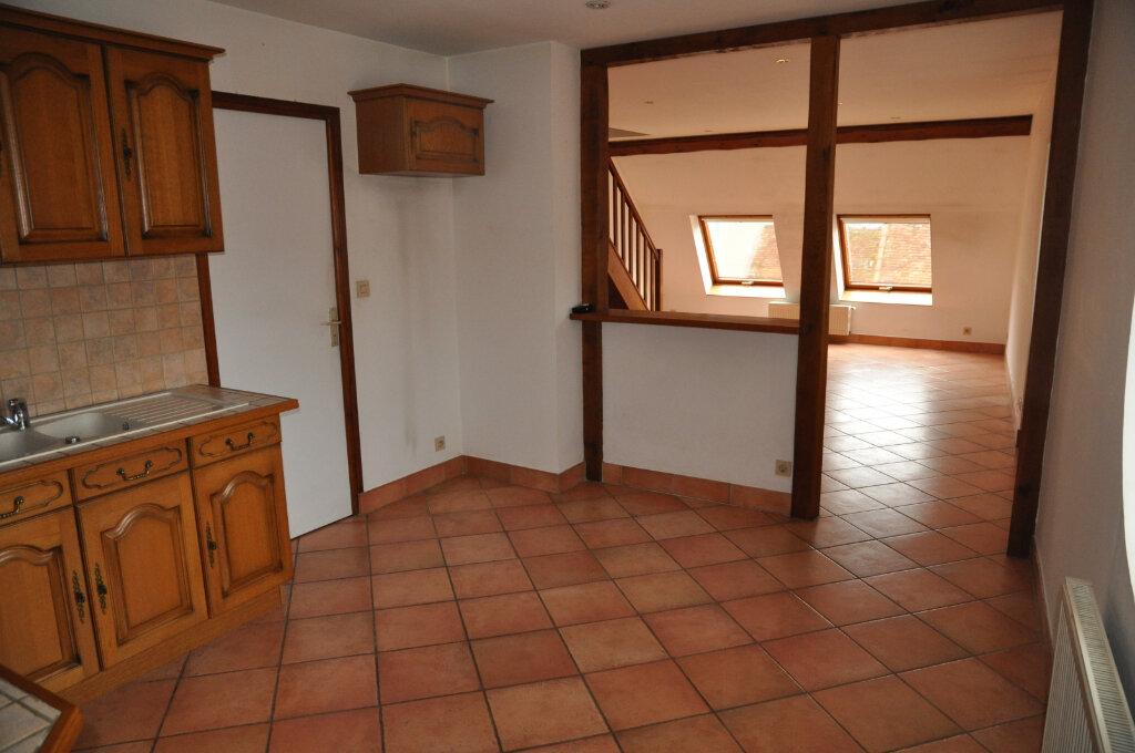 Appartement à louer 3 60m2 à Cosne-Cours-sur-Loire vignette-4