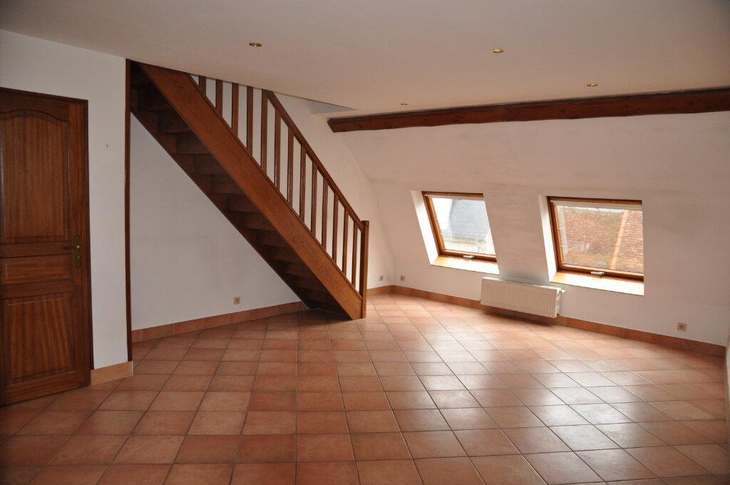 Appartement à louer 3 60m2 à Cosne-Cours-sur-Loire vignette-5
