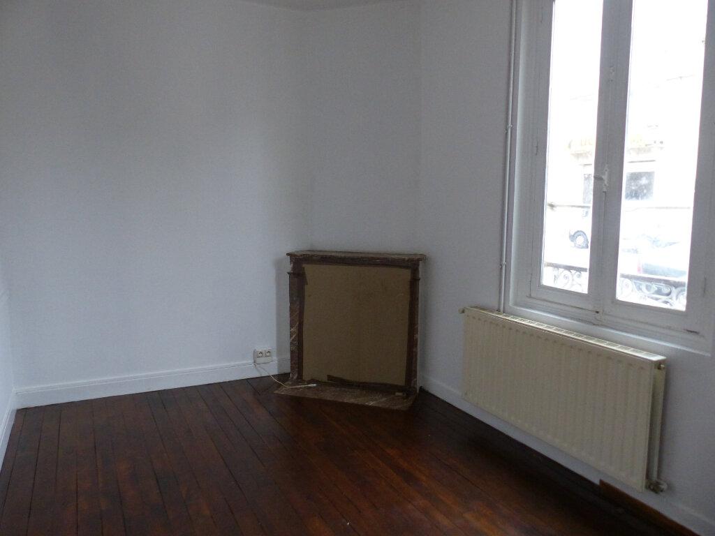 Maison à louer 3 60m2 à Cosne-Cours-sur-Loire vignette-5