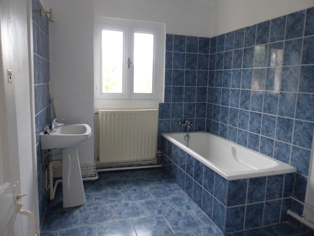 Maison à louer 3 60m2 à Cosne-Cours-sur-Loire vignette-8