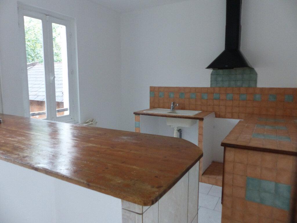Maison à louer 3 60m2 à Cosne-Cours-sur-Loire vignette-10
