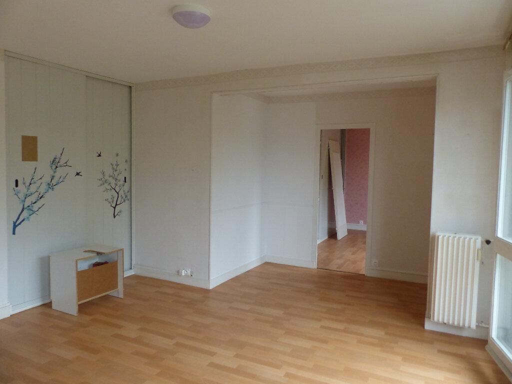 Appartement à louer 2 49m2 à Cosne-Cours-sur-Loire vignette-3