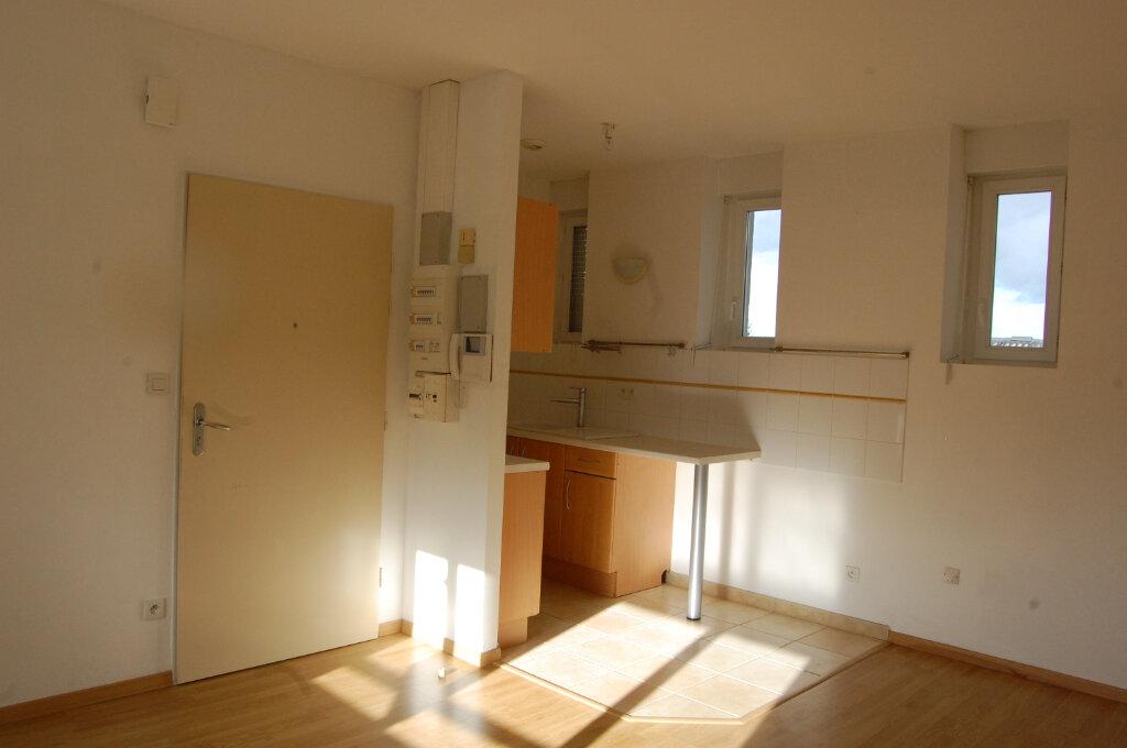 Appartement à louer 3 48m2 à Sancerre vignette-2