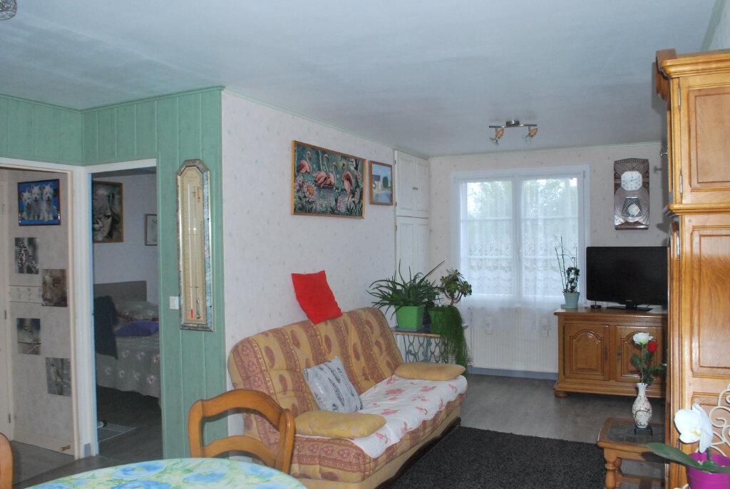 Maison à vendre 3 67m2 à Cosne-Cours-sur-Loire vignette-3
