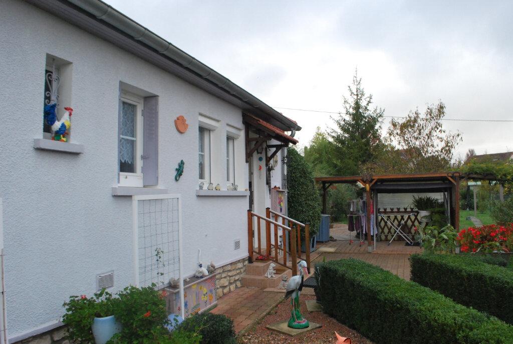 Maison à vendre 3 67m2 à Cosne-Cours-sur-Loire vignette-4