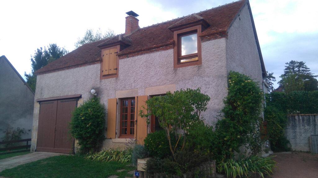 Maison à louer 4 73m2 à Saint-Martin-sur-Nohain vignette-1