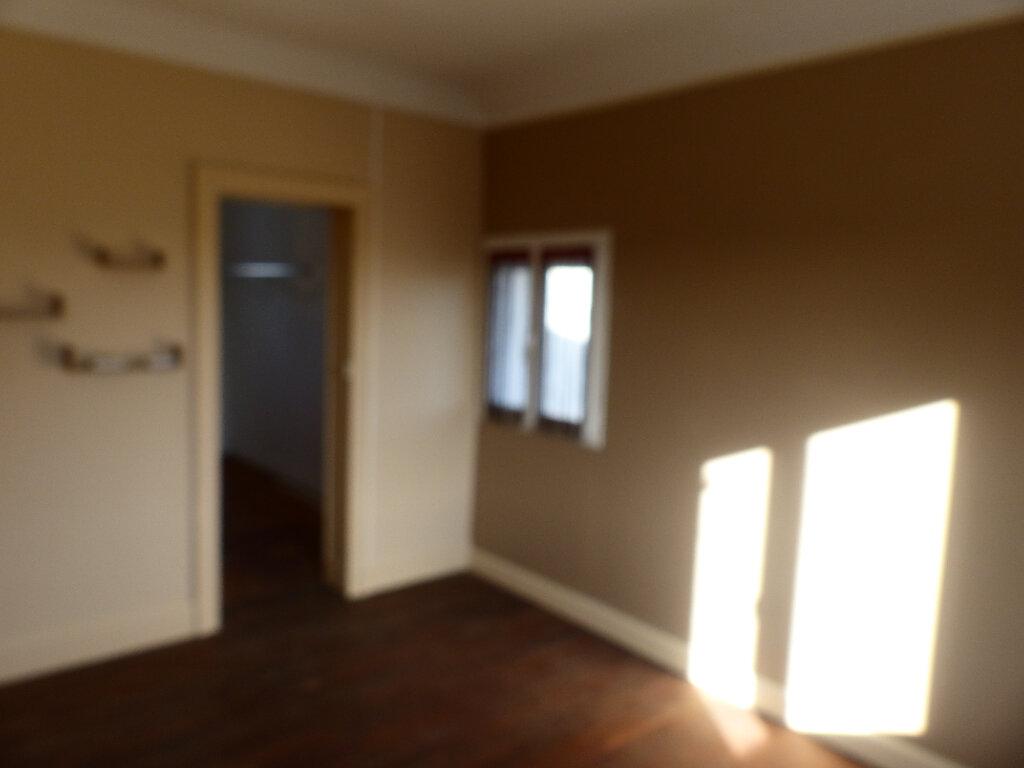 Maison à louer 4 88m2 à Cosne-Cours-sur-Loire vignette-12
