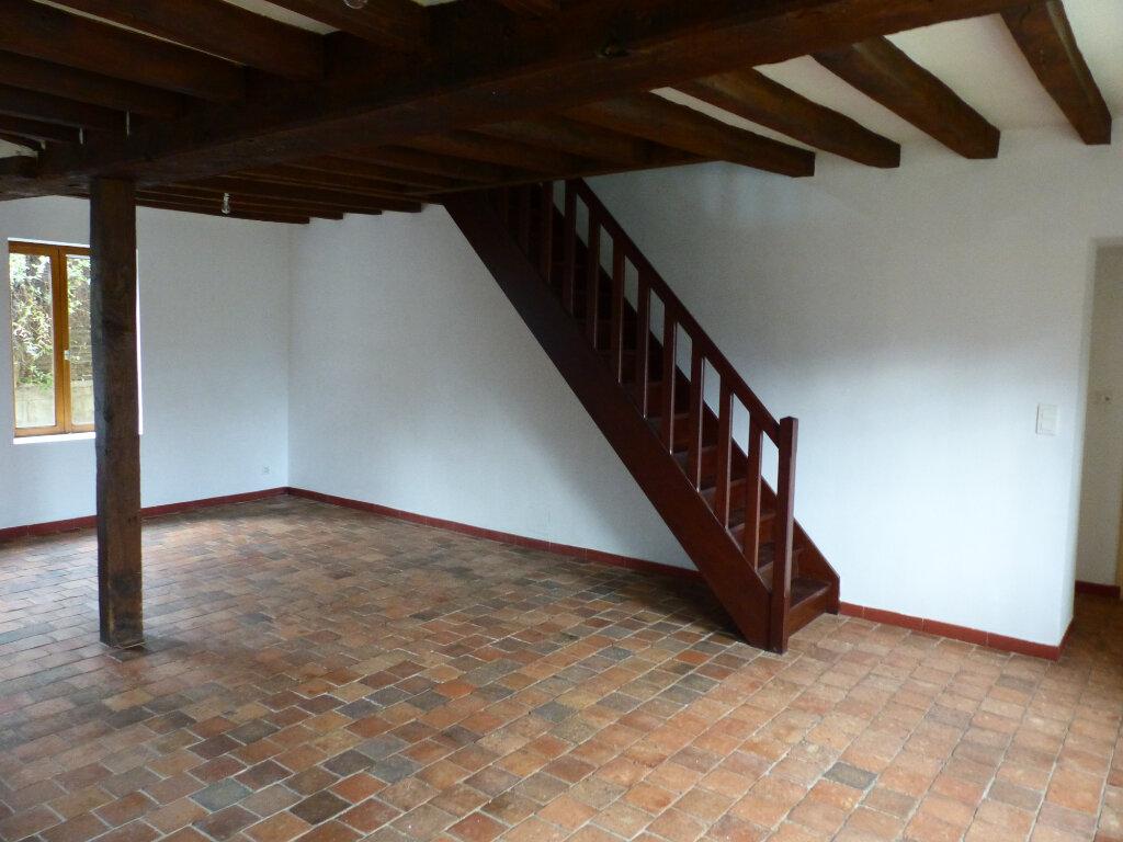 Maison à louer 5 123m2 à Beaulieu-sur-Loire vignette-5